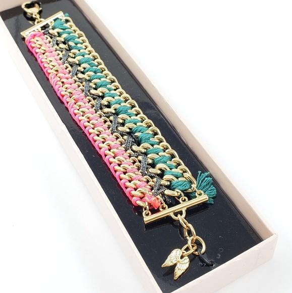Victoria's Secret Jewelry - NWT! Victoria's Secret Bracelet